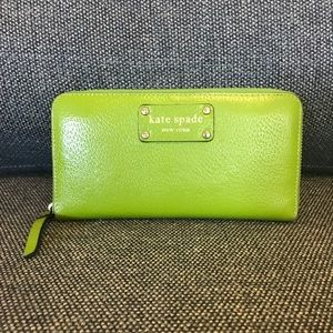 Kate Spade green zippered wallet